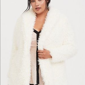 TORRID WHITE FAUX SHEARLING TEDDY JACKET
